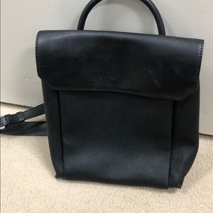 Kenneth Cole back pack